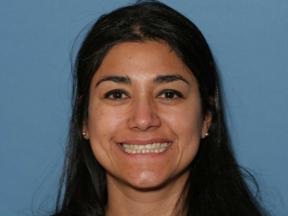 Cynthia Plans to Improves Her Smile with Veneers